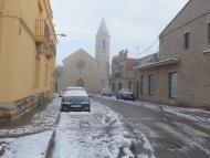 Sant Guim de Freixenet: Carrer dels Regidors, amb l'església del Sagrat Cor al fons  Daniel Espejo Fraga
