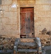 La Guàrdia Lada: detall porta  Ramon Sunyer