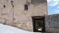 El Castell de Santa Maria: portal  Ramon Sunyer