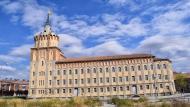 Cervera: Farinera del Sindicat Agrícola, edifici modernista construït per Cèsar Martinell  Ramon Sunyer
