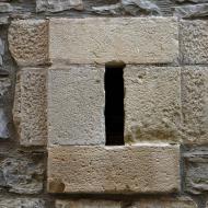 Vallfogona de Riucorb: espitllera  Ramon Sunyer