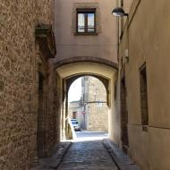 Santa Coloma de Queralt: portal del vicari  Ramon Sunyer