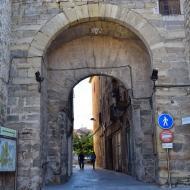 Santa Coloma de Queralt: portal de Sanuy  Ramon Sunyer