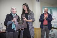 L'escriptora cerverina Rosa Fabregat recull el sisè Premi Sikarra