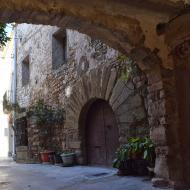 Sant Pere dels Arquells: pas cobert  Ramon Sunyer