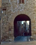 Santa Coloma de Queralt: Portal del Martí  Ramon Sunyer