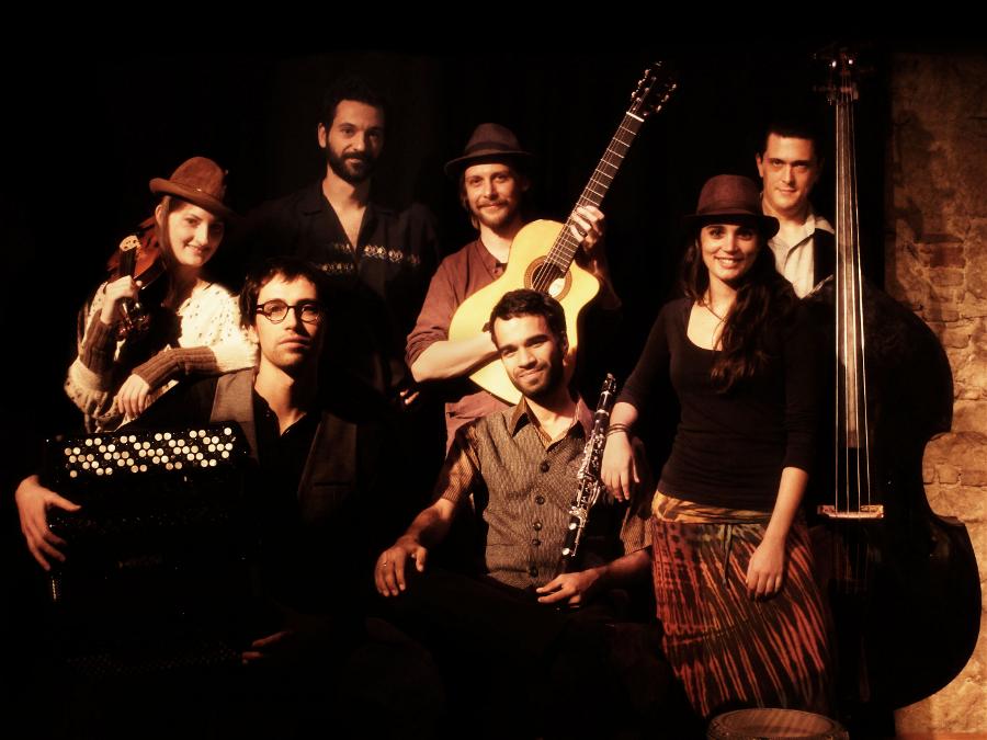 cartell Músiques a cau d'orella: Barcelona Gipsy Klezmer Orchestra