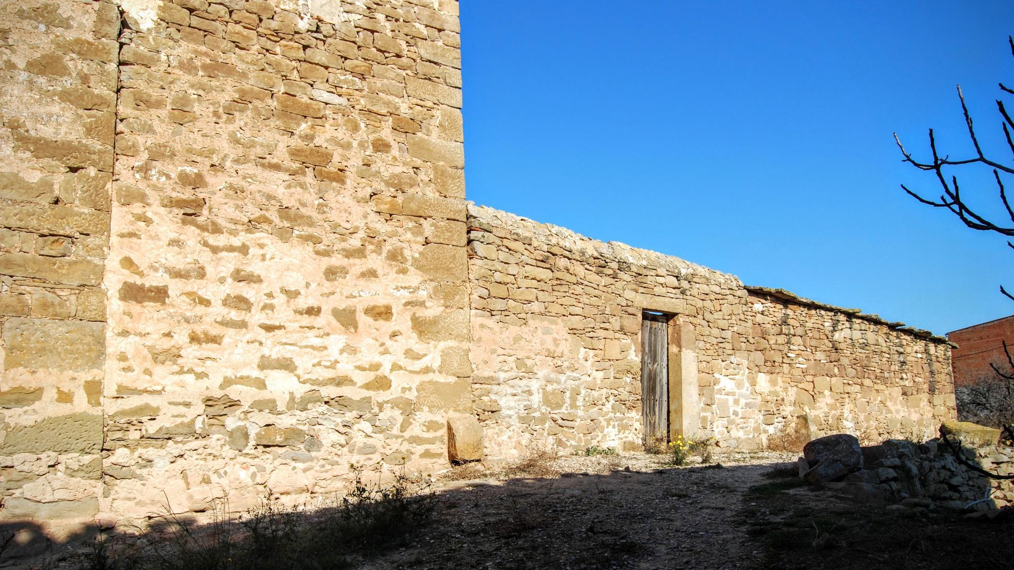 Building  Cal Masuca