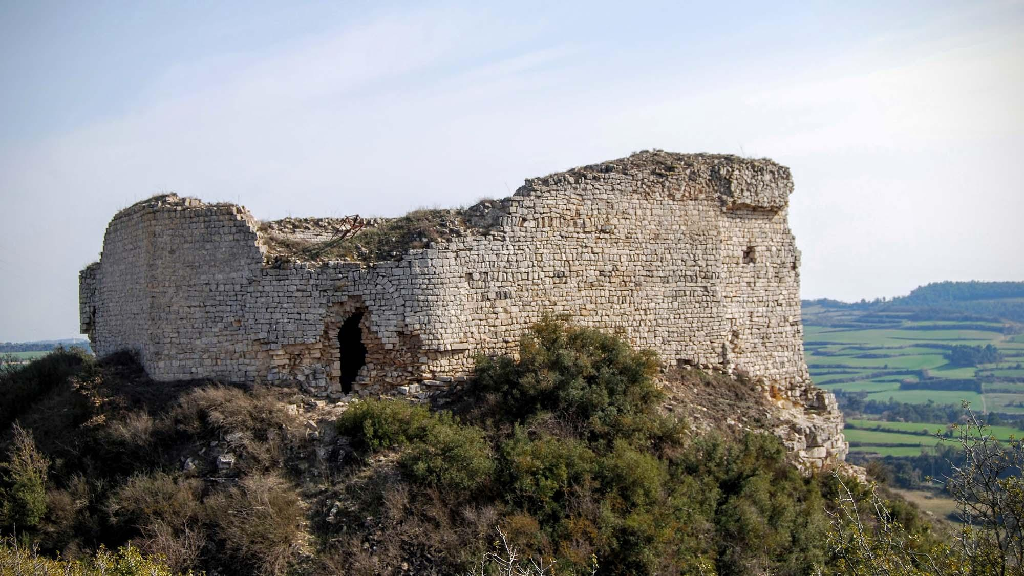Castle Guàrdia Lada