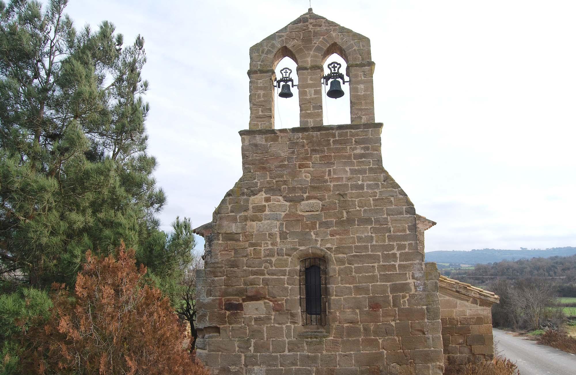Roben les campanes de l'ermita de Camp-real