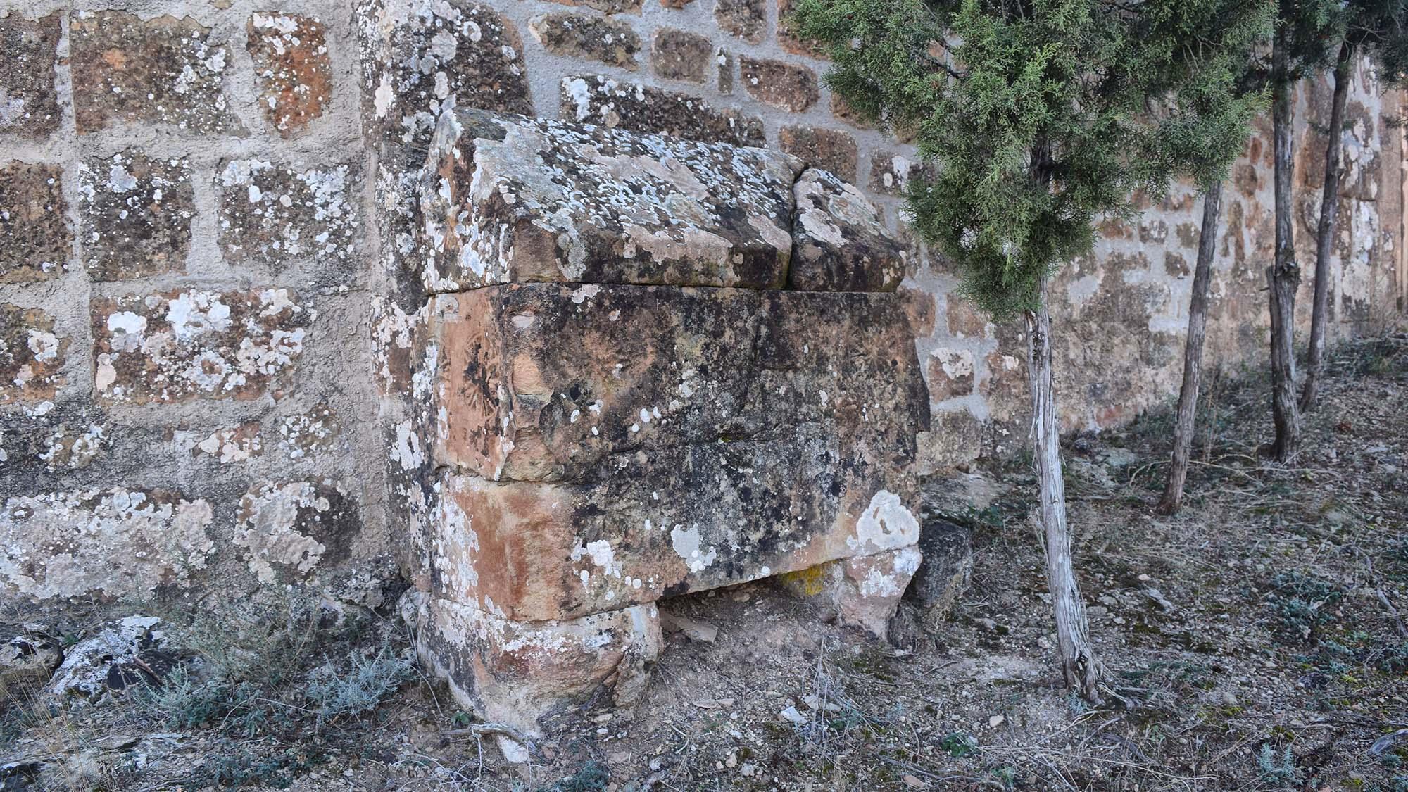 Iglesia de Sant Pere de mas Pujol