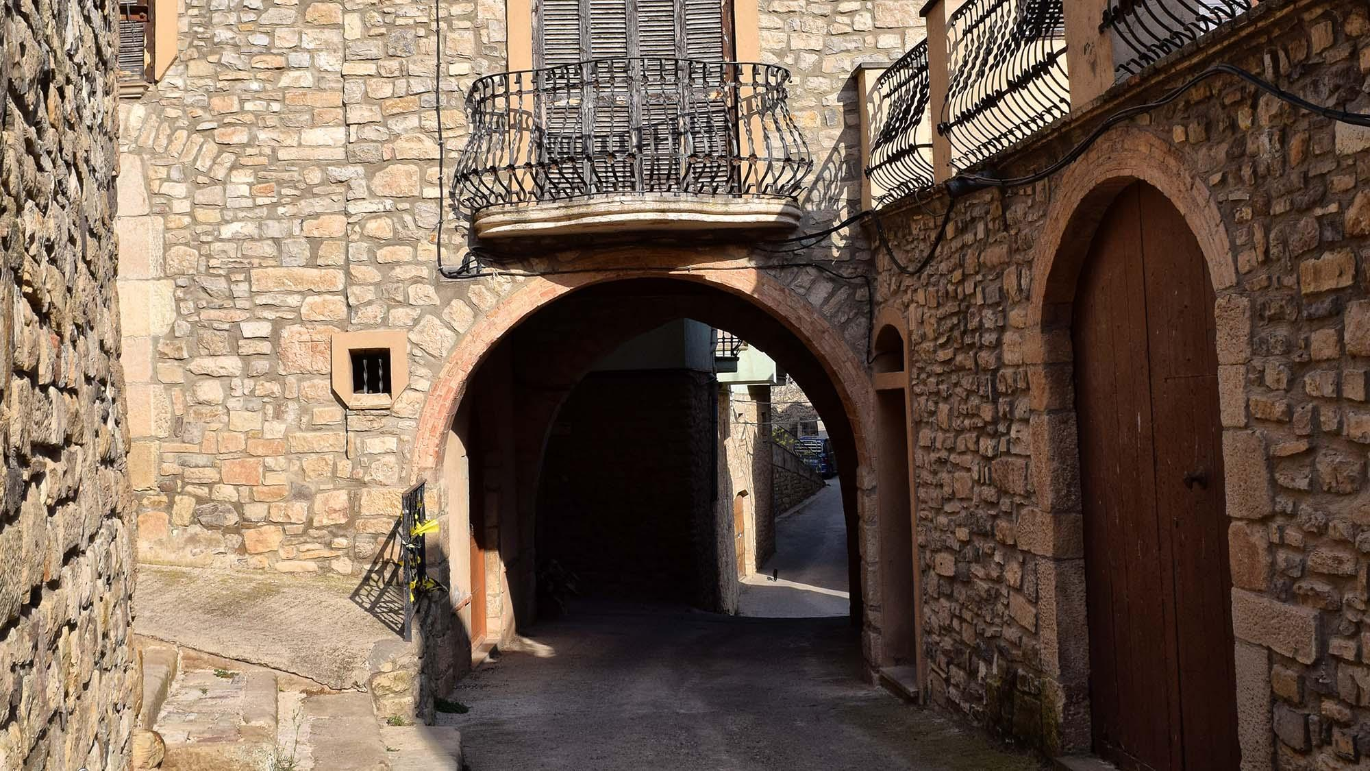 Portal de carrer Major