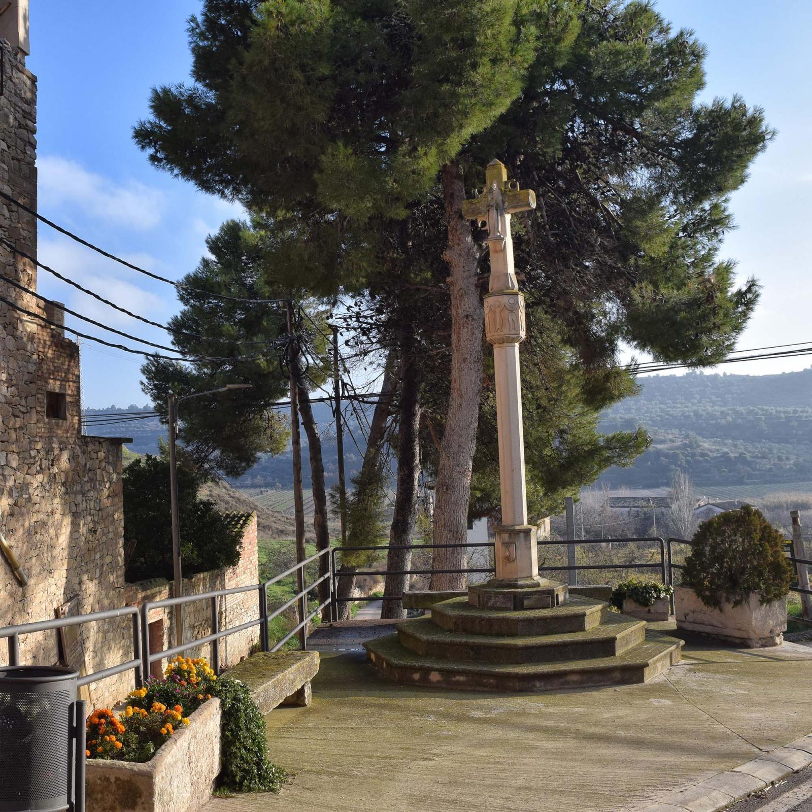 Wayside cross of Sant Martí de Riucorb