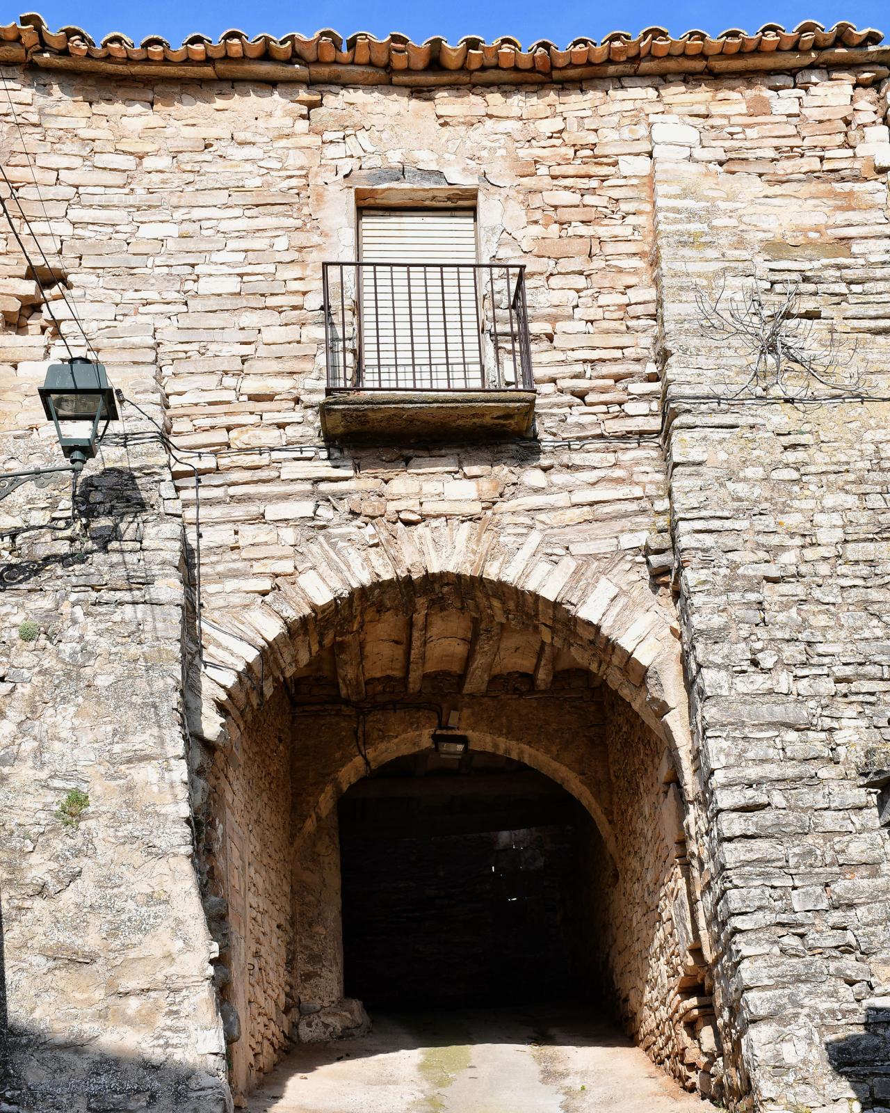 Portal de l'Oluja Baixa